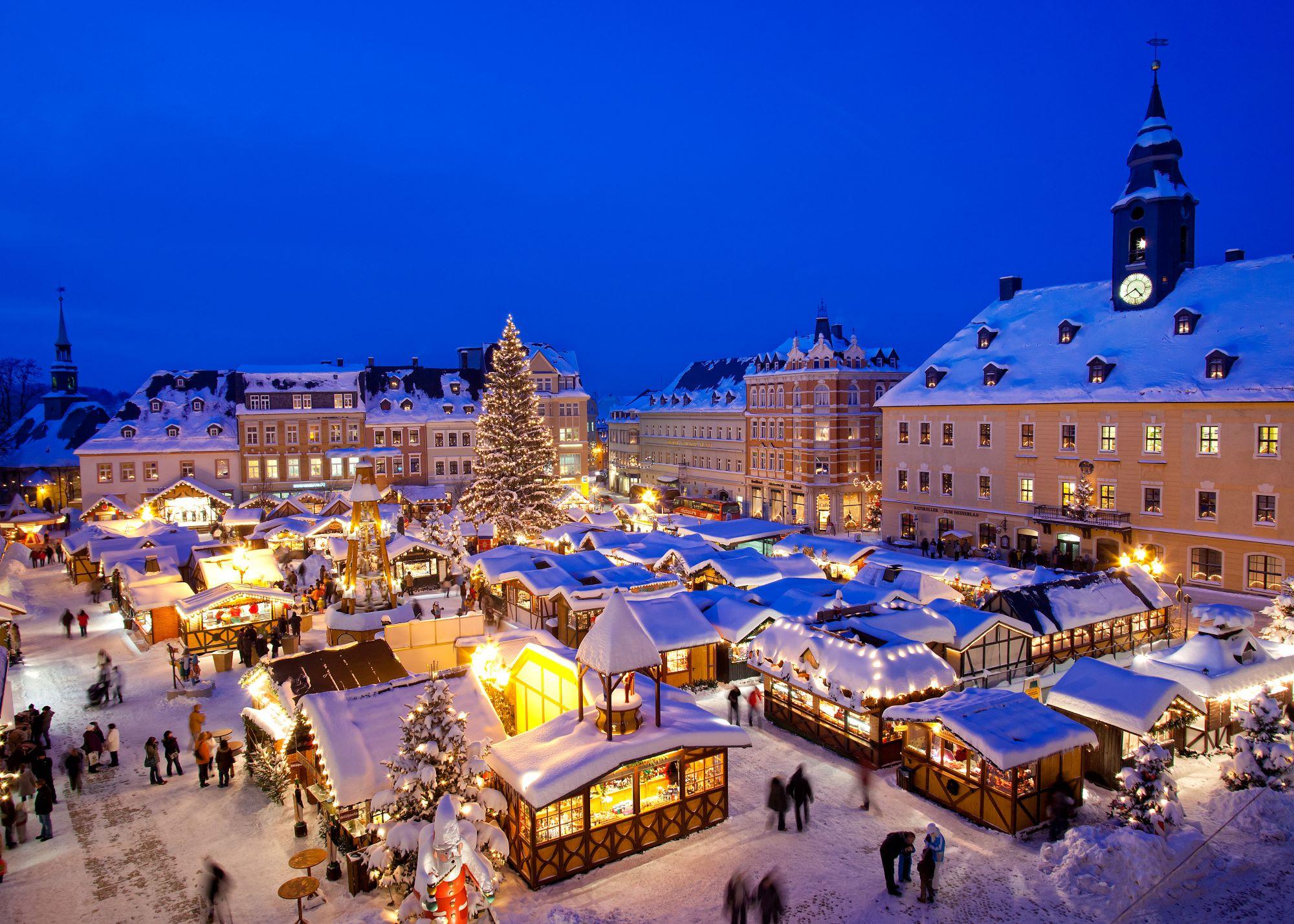 Jarmark bożonarodzeniowy – piękna świąteczna tradycja